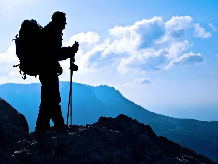 Le marcheur et la montagne